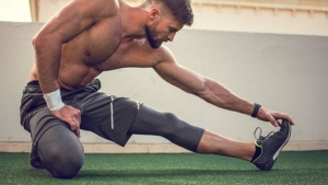 STRETCH BETWEEN SETS – THE SECRET TO EASY MUSCLE GROWTH