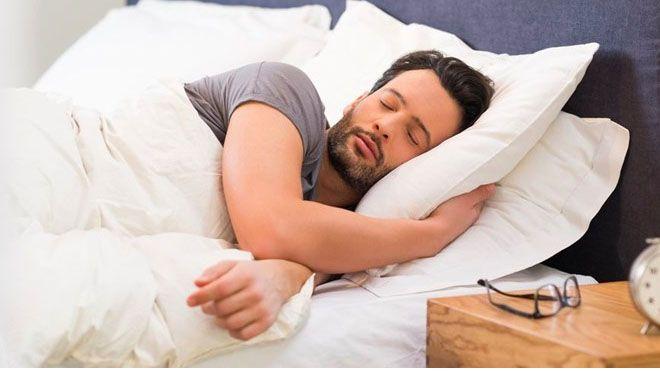 SLEEP YOUR WAY TO BIGGER BICEPS