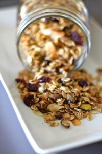 Granola with Coconut, Pistachios and Cranberries