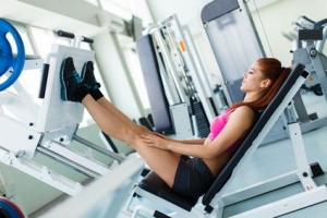 Gym Workouts vs. Home Workouts: The Pros and Cons