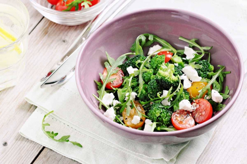 broccoli mediterranean salad