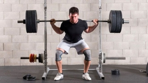 TO SQUAT OR NOT TO SQUAT –  IS THIS THE BEST LEG EXERCISE FOR YOU?