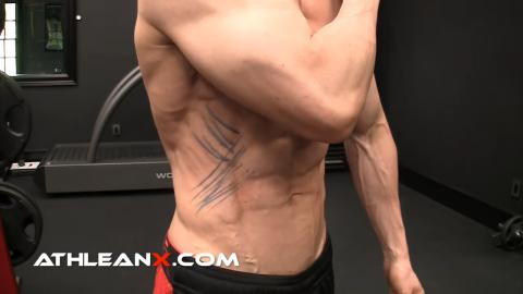 wider lats smaller waist