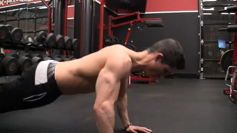 neutral neck in pushup