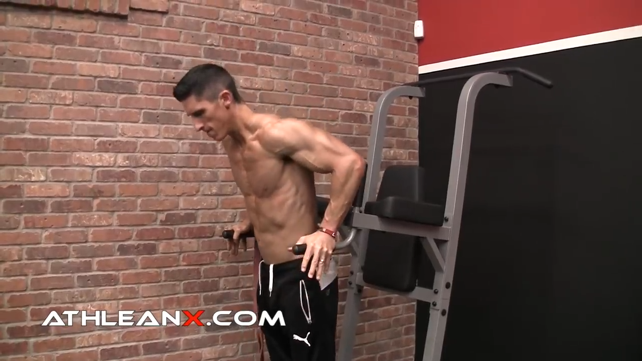 bodyweight dip for triceps