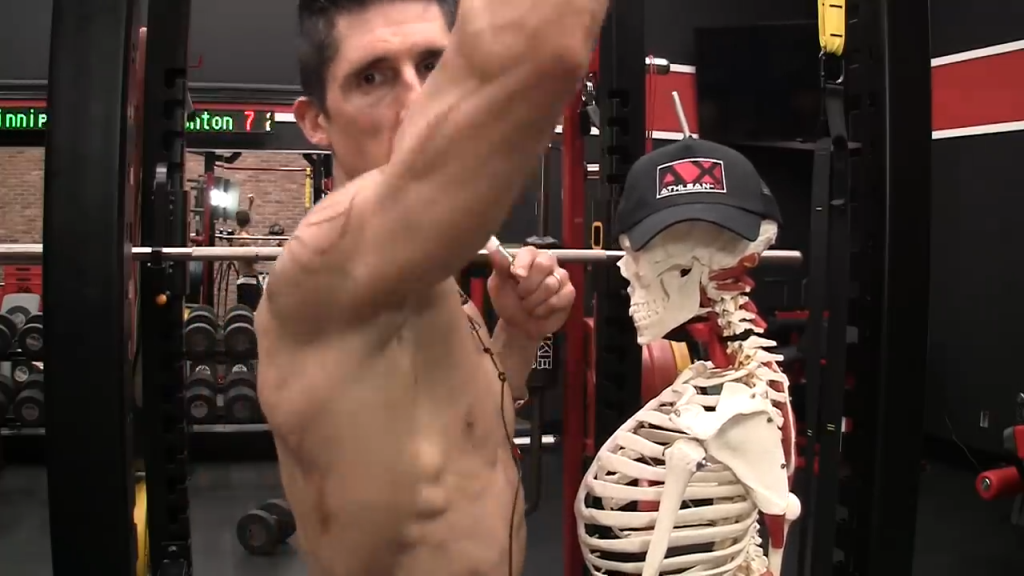 shoulder press arm and shoulder joint positioning