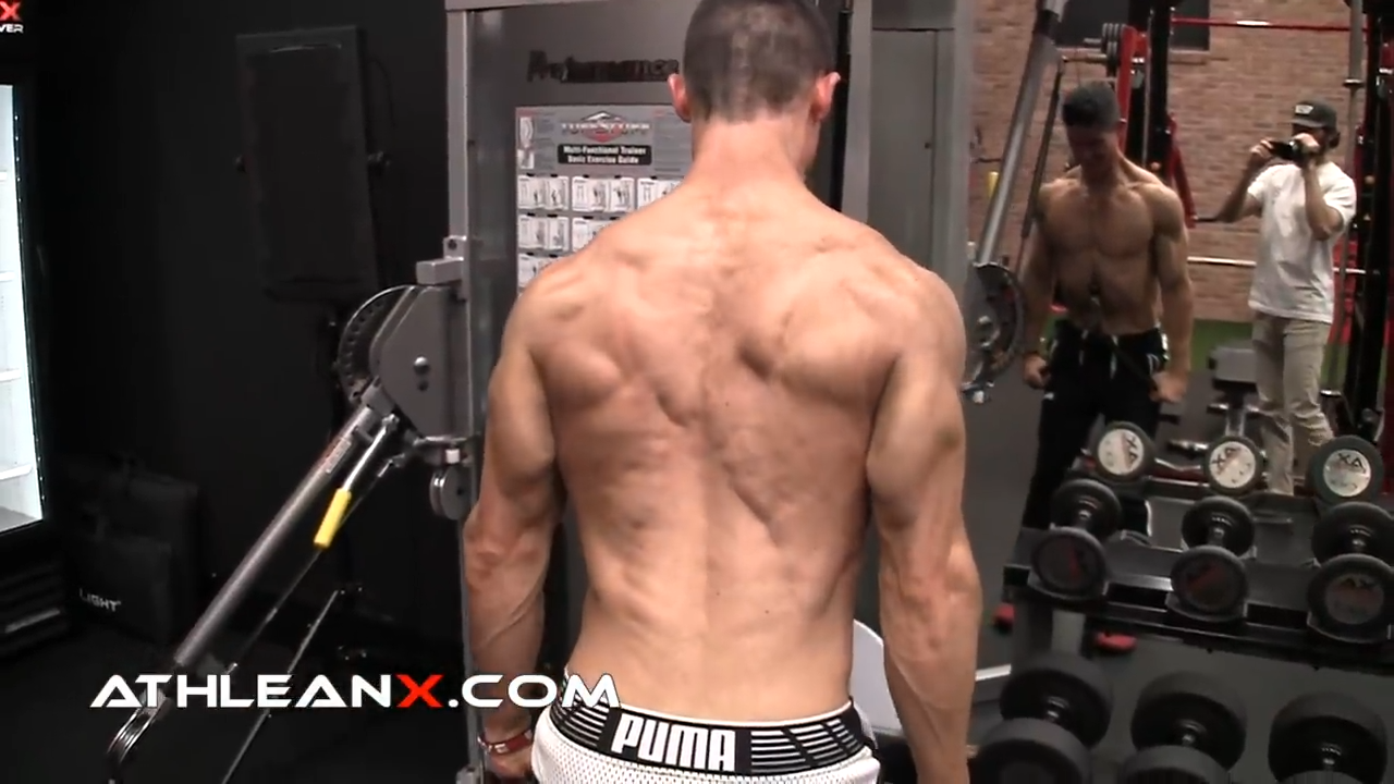 triceps pushdown allows for full contraction of triceps