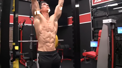 work on stronger abs for pullups