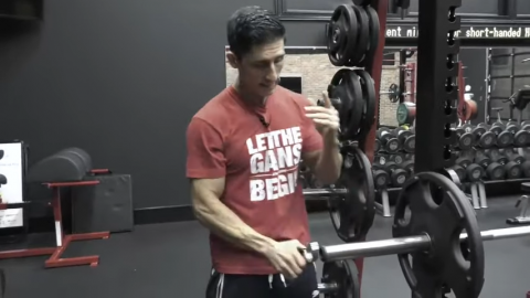 put the clip on the bar for bench press
